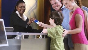 Pros and Cons of Traveling with a Prepaid Debit Card